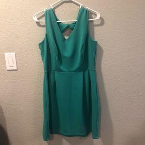 Light green dress size 14